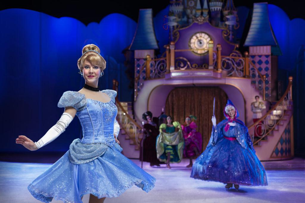 Disney on Ice Dare to Dream Cinderella