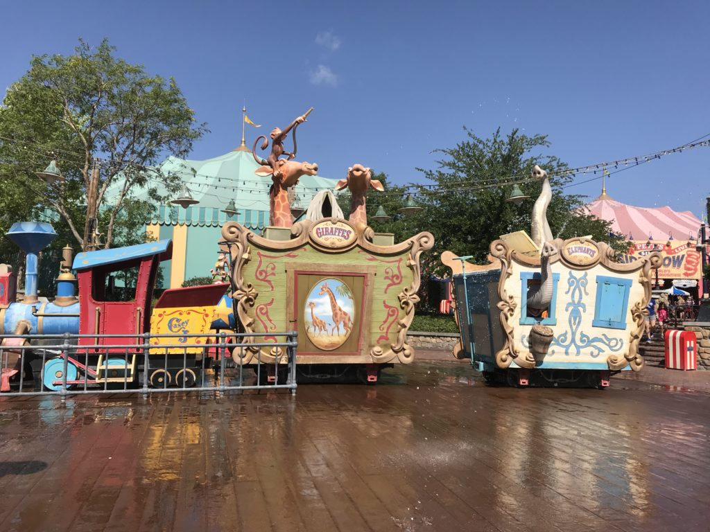 Casey Jr Splash n Soak Station: Best Playgrounds & Play Areas at Disney World