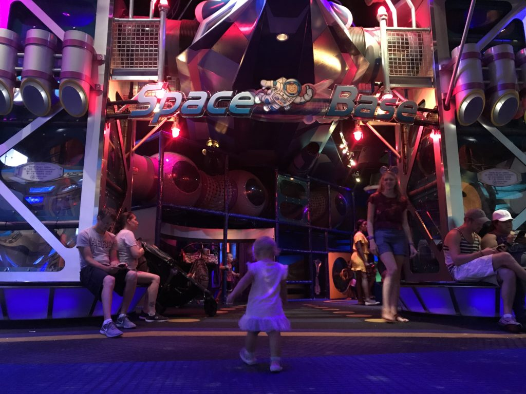 Space Base Epcot, Best Playgrounds & Play Areas at Disney World