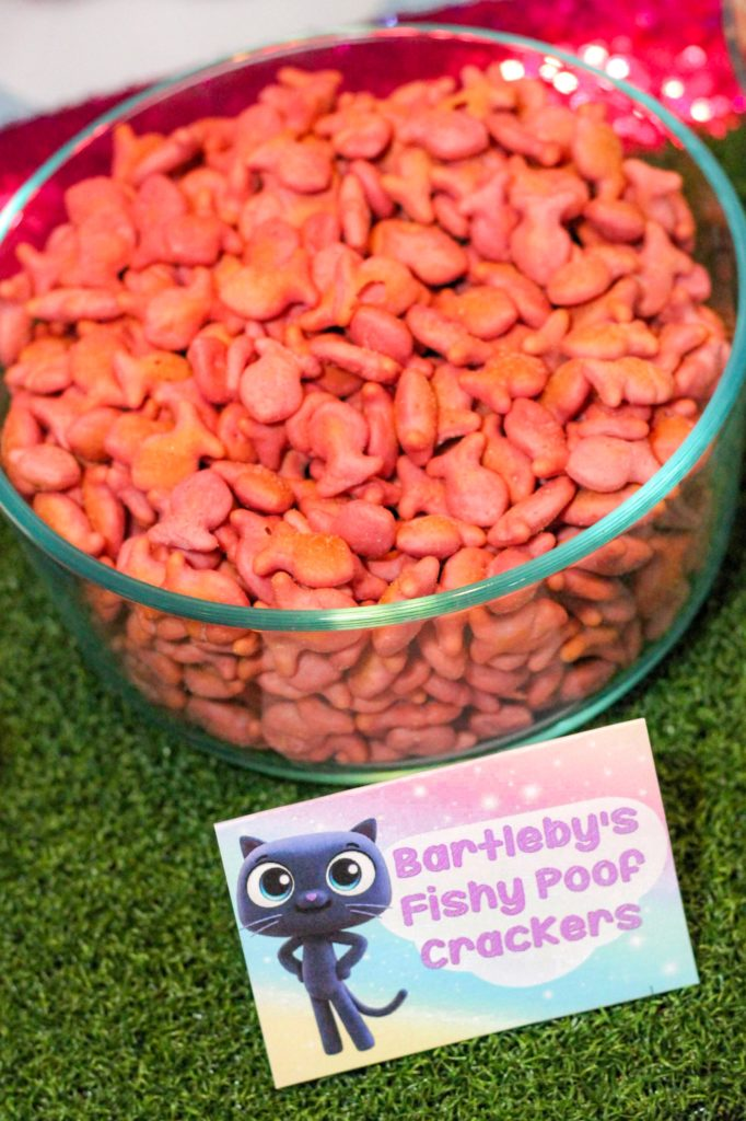 True and the Rainbow Kingdom Party Food Ideas Fishy Poof Crackers