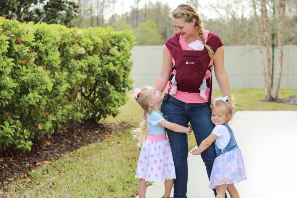 Surviving the fourth trimester with baby wearing
